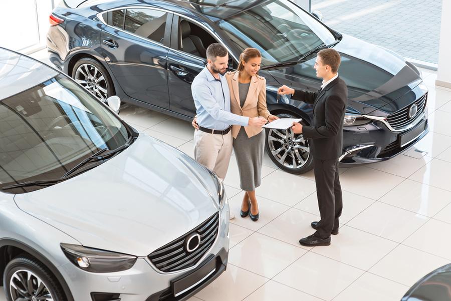 Cuántos sueldos necesitás para comprar un auto 0km | garantiaplus.com.ar