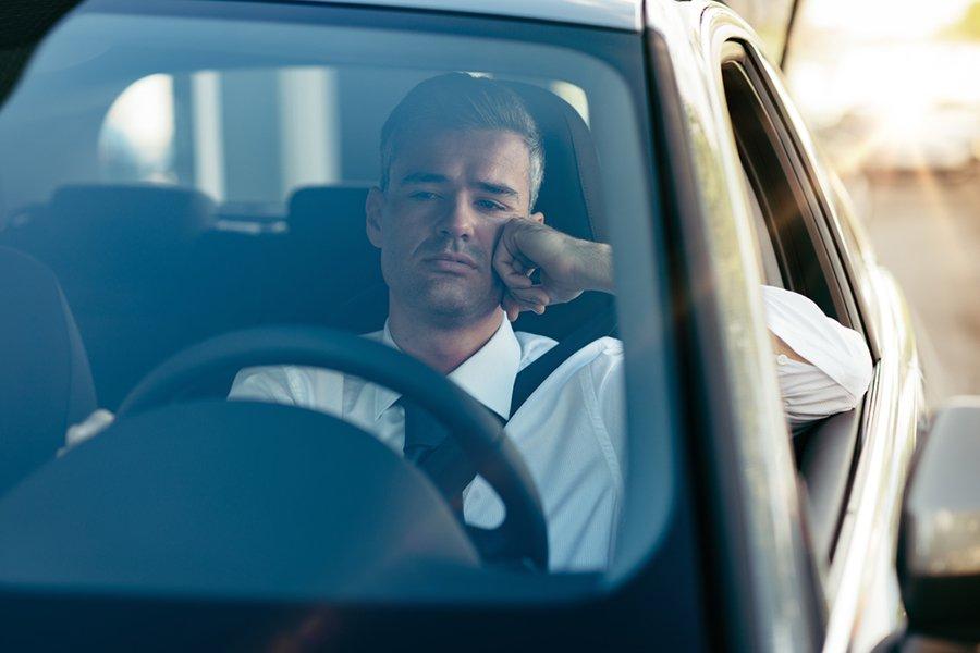 El estrés de conducir en horas pico | garantiaplus.com.ar