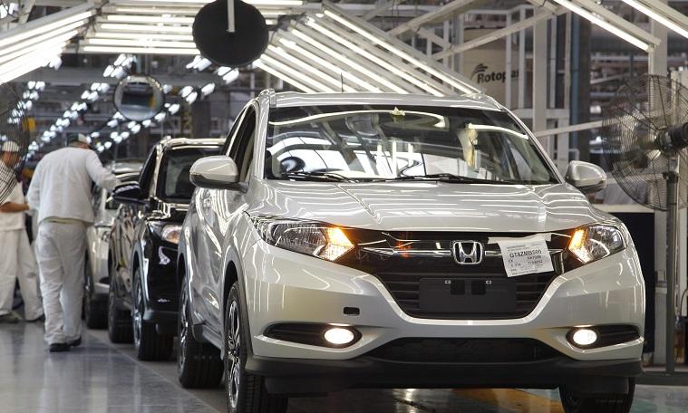 Pese a superdólar, ya 75% de los autos que se venden son importados (es récord) | Garantia Plus