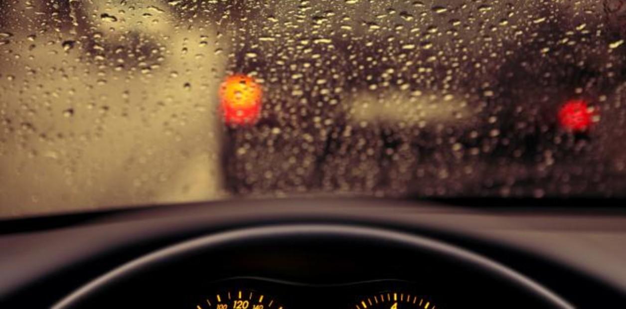 Recomendaciones para manejar con lluvia | Garantia Plus
