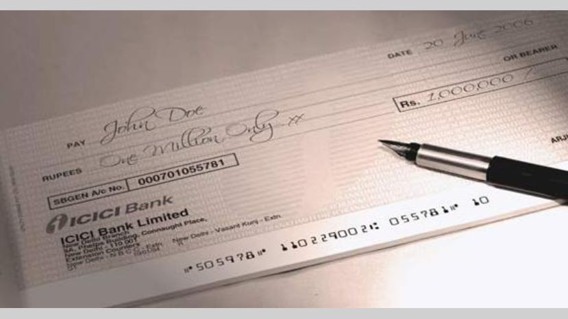 Cuánto es el impuesto al cheque y cómo se puede pagar menos | Garantia Plus
