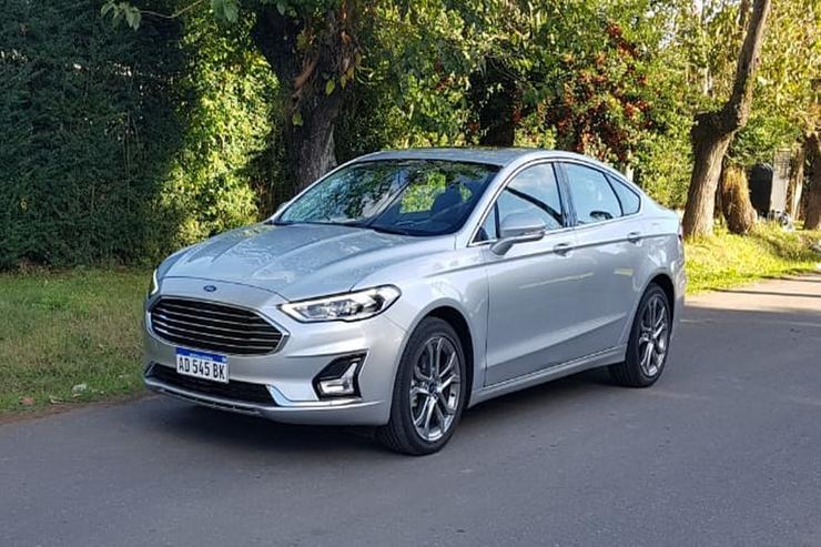 Test drive: Ford Mondeo SEL, a la altura de un público exigente | Garantia Plus