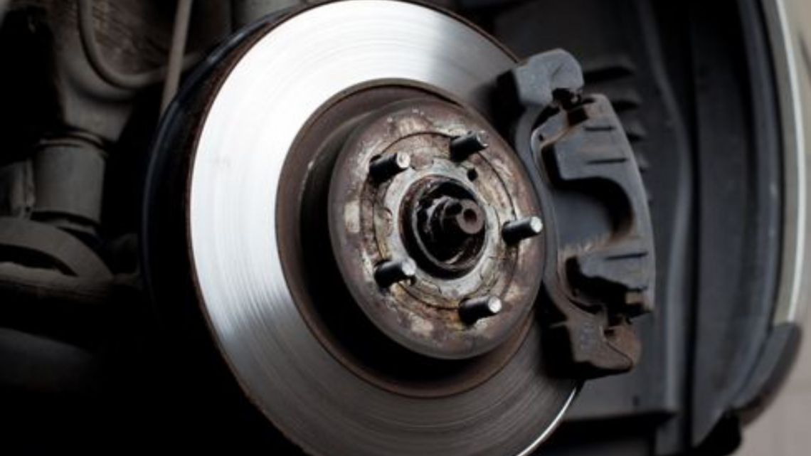 Cómo hacer un buen mantenimiento de los frenos | Garantia Plus