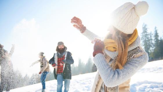 Vacaciones de invierno: Manejar en la nieve de forma segura | Garantia Plus