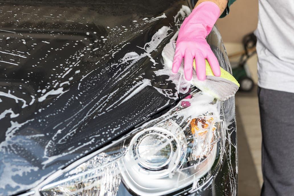 Cómo cuidar la pintura para que el auto luzca siempre como nuevo | Garantia Plus
