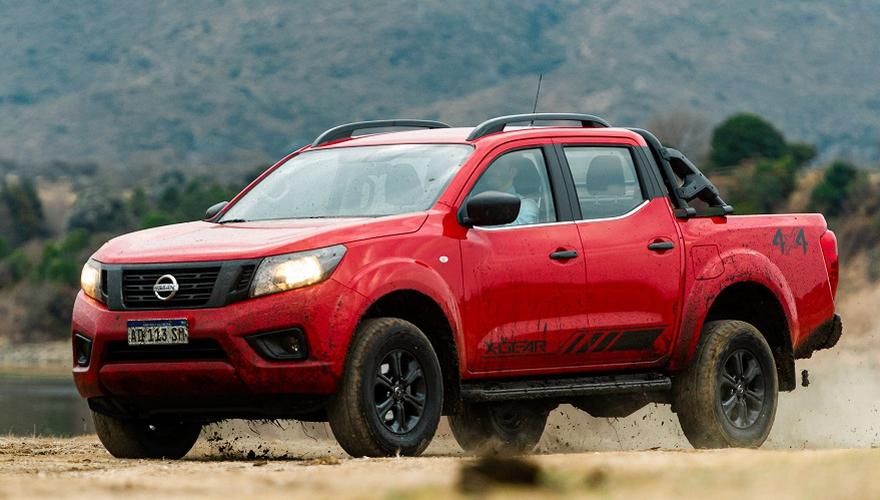 Nissan suma nuevas versiones de Frontier: con diseño deportivo y caja automática | Garantia Plus