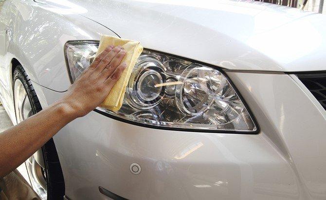 La importancia de una correcta iluminación en el auto | Garantia Plus