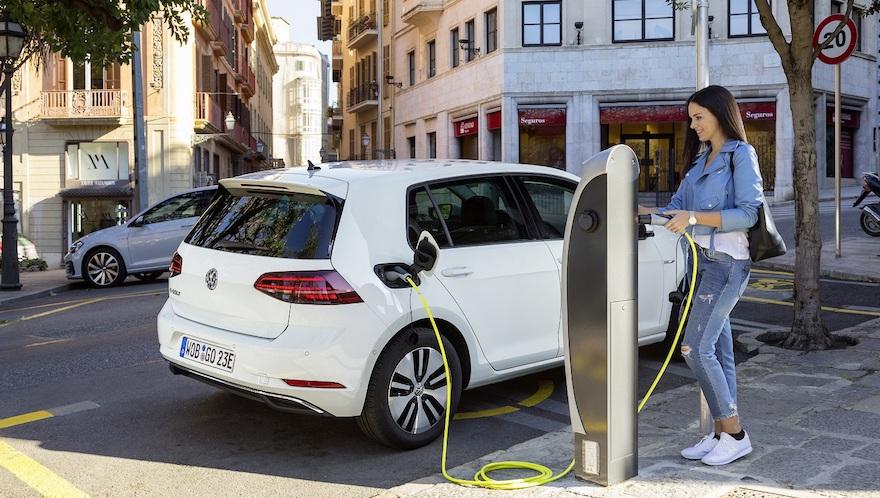 Se dispara la venta de autos híbridos y eléctricos en el país | Garantia Plus