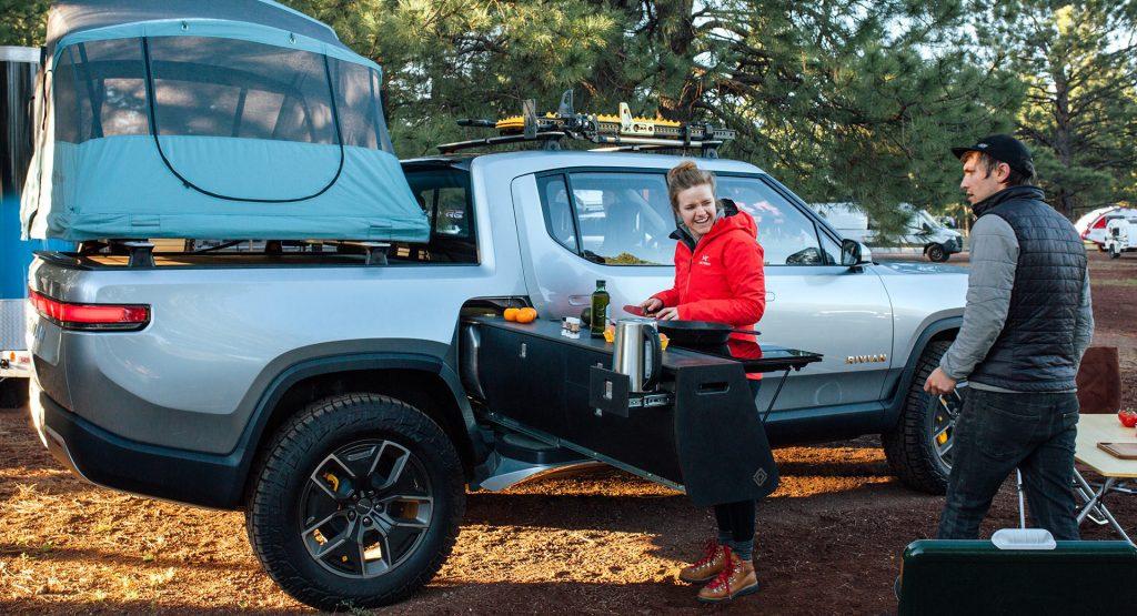Rivian, la camioneta eléctrica que viene con cocina y pileta lavaplatos incorporados | Garantia Plus