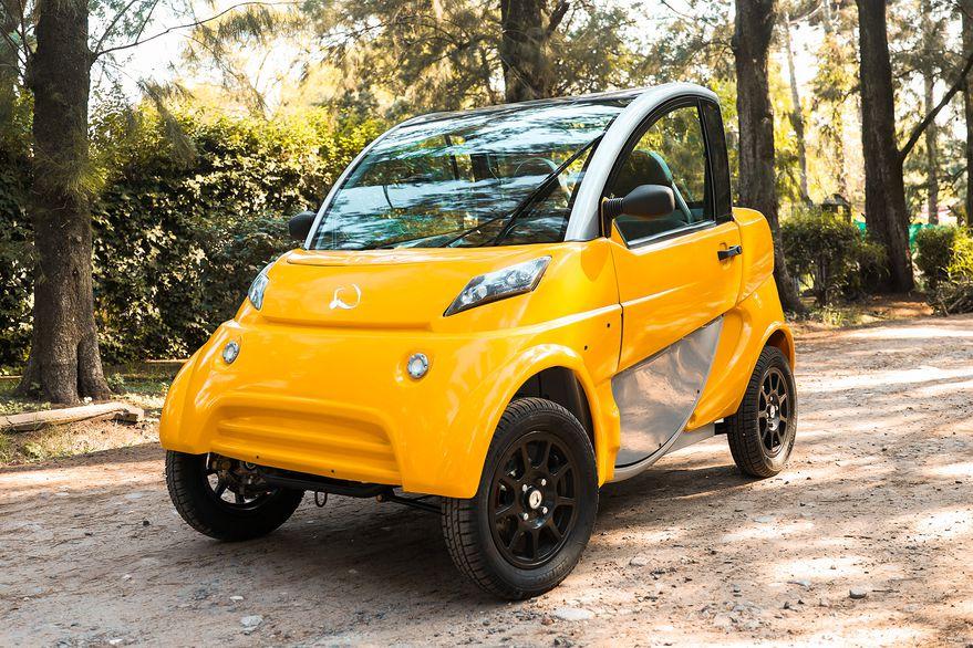 El auto eléctrico argentino se mostró al público | Garantia Plus